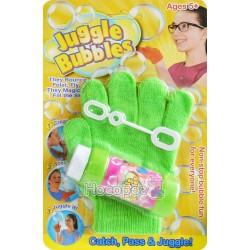 Мыльные пузыри прыгают с перчаткой 8187