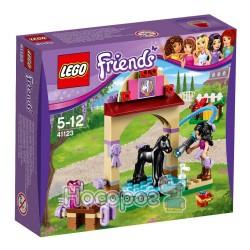 """Конструктор LEGO """"Купание жеребенка в конюшне"""" 41123"""