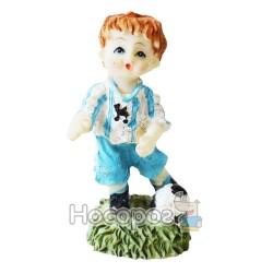 Фигурка керамическая Мальчик футболист