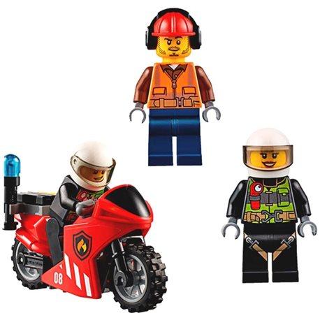 """Фото Конструктор LEGO """"Машина пожарной охраны"""" 60108"""