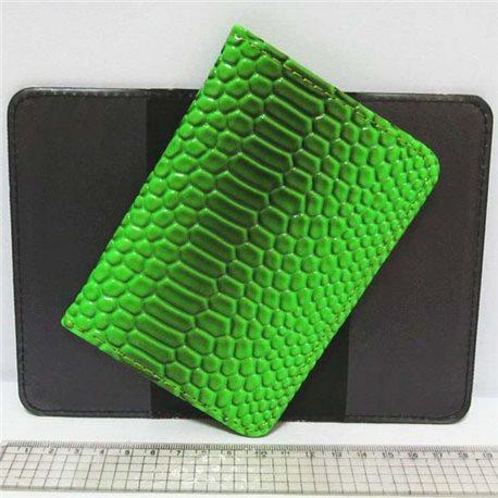 "Фото P-7225-23 Обложка для паспорта ""Змея зелен."""